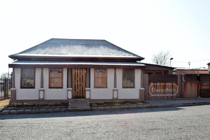 Die Dorpshuis
