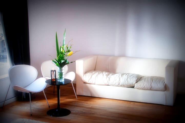 Habitacion en hotel ubicacion ideal CAÑITAS - บัวโนสไอเรส - ที่พักพร้อมอาหารเช้า
