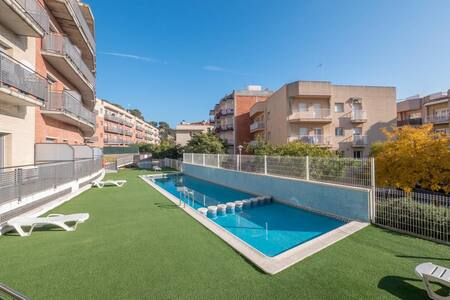 2 Private Terrace Pool Apartment in Blanes - Бланес - Квартира