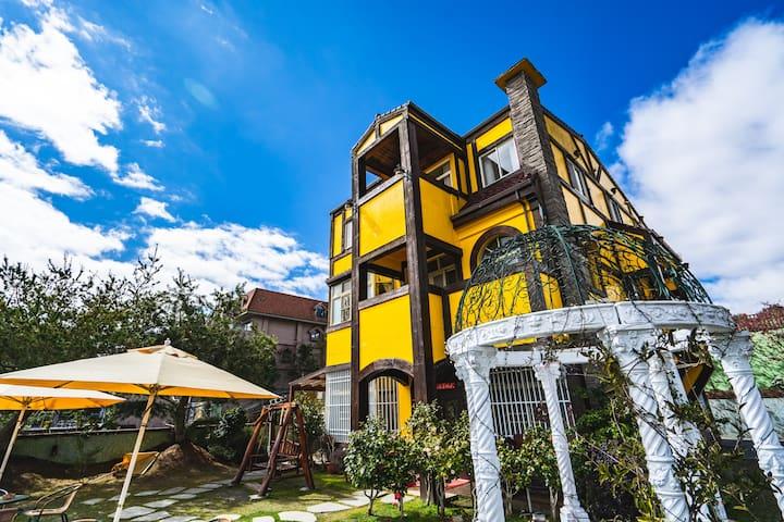 清境民宿-景觀四人套房3F,鄰近清境農場,天空步道,主人熱心推薦好吃好玩,賞日出星空
