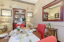 ZIA FRANCA HOUSE a luxury house in Barga, Lucca