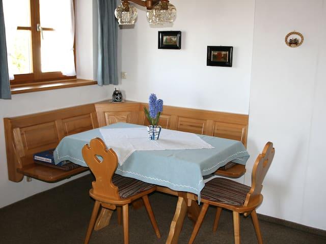 2-room apartment Ferienhaus Eberle in Benediktbeuern - Benediktbeuern - Appartement
