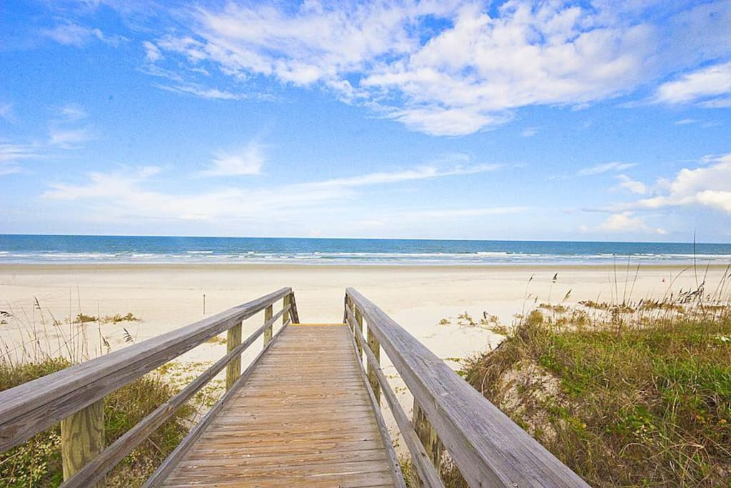 You'll look forward to walking down our beach walk! - You'll look forward to walking down our beach walk each morning and heading
