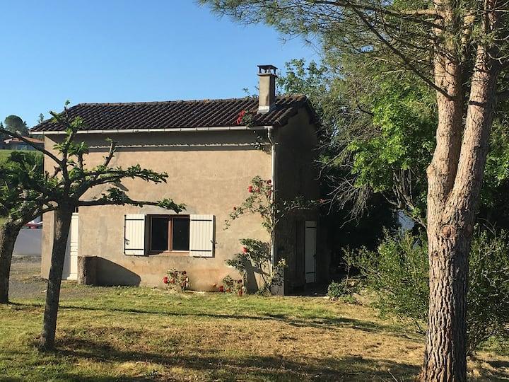Maisonnette champêtre proche du centre ville Albi