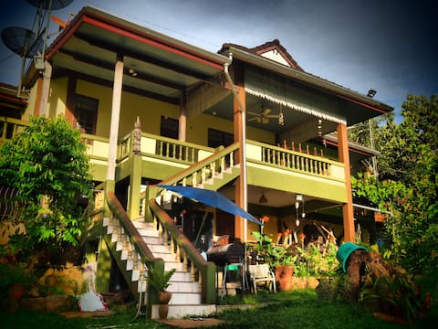 Ecovilla 2 : Semi rural Thai - Ex Governors House