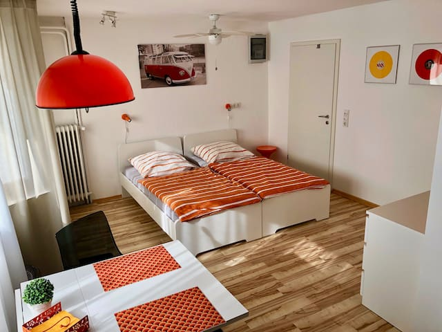 Apartment bath+kitchen 20min to Cologne / Airport