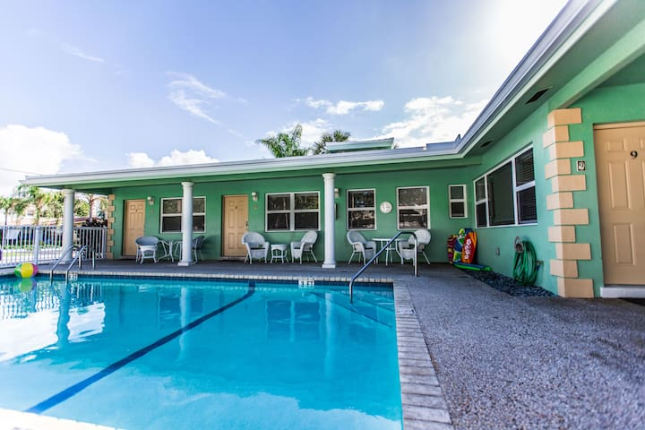 Adorable Studio by Beach - Deerfield Beach - Byt