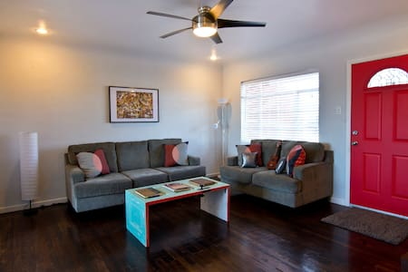 Beautiful fully remodeled 1950's Vintage Home! - El Paso - Dom