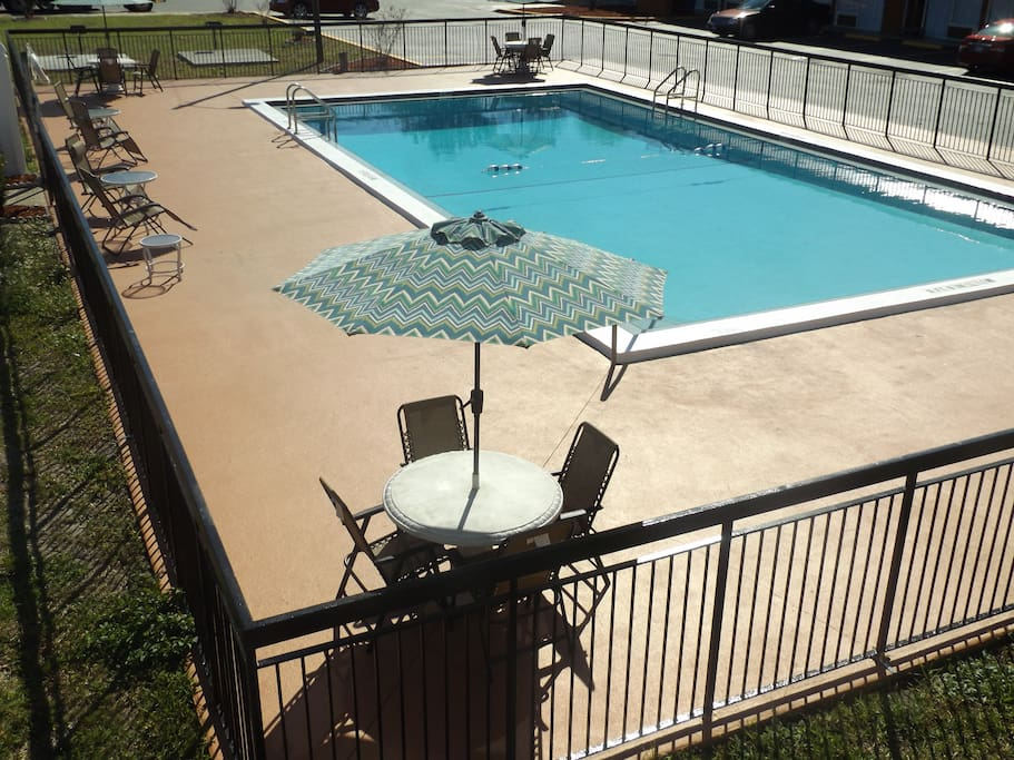 Grilling and Patio tables