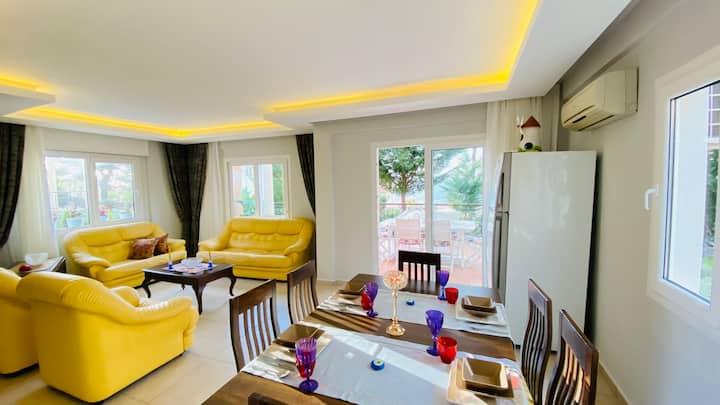 4 yatak odalı Lüks müstakil girişli Villa Dream