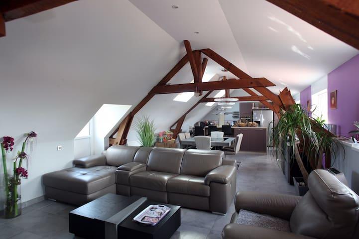 Loft - 110m2 - 4 personnes - Proche Cambrai