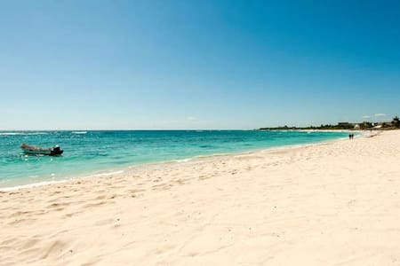 BEACH OPEN! Oceanfront Oasis King Bed, HugeTerrace