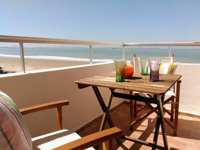 Precioso apto 1ª línea Playa Valdelagrana, Cádiz.. - El Puerto de Santa María - Departamento