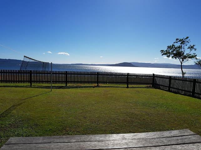 Lakefront bach by Rotorua