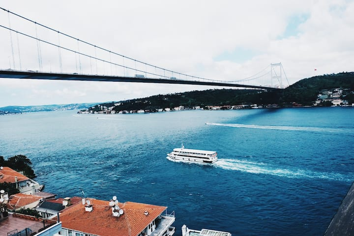Shared room with Bosphorus