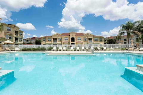 Kinsale Summer Time Apartment with pool