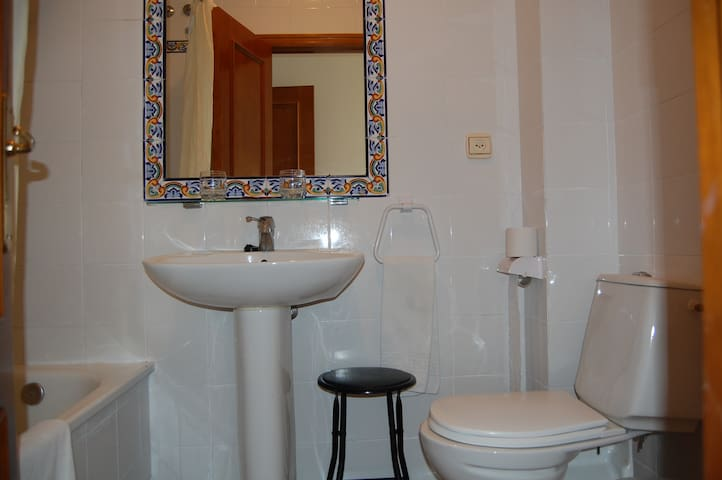 Hostal Goya II - Carbonero el Mayor - Bed & Breakfast
