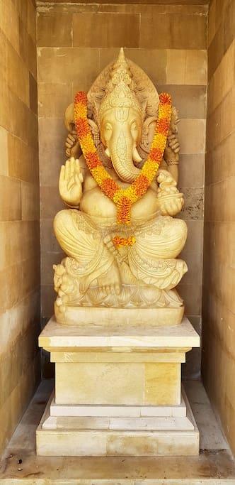 Main entrance (Ganesha statue)