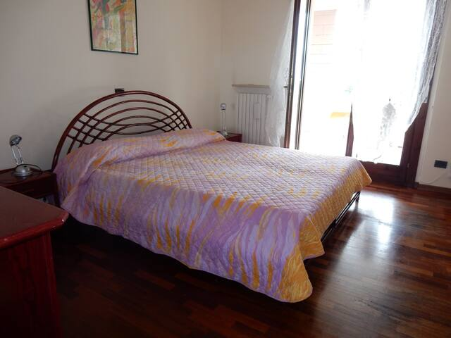 Flat with 3 big bedrooms of 160 square meter - Verona - Appartement
