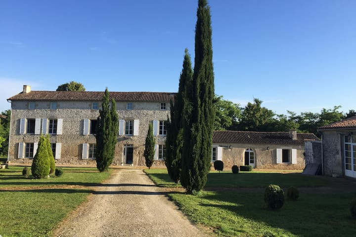 19th Century Mansion : Logis de La Fuye - Sompt - Semesterboende