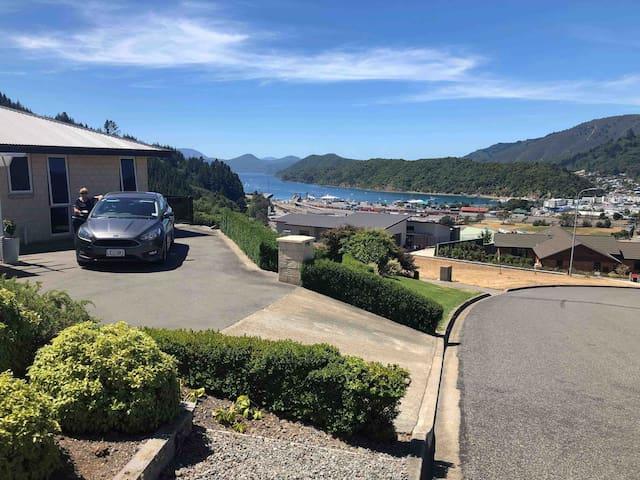 Great views over Marlborough Sounds