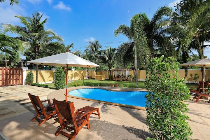 "Villa ""Homey 3br.""  total Privacy - Bang Tao Beach"