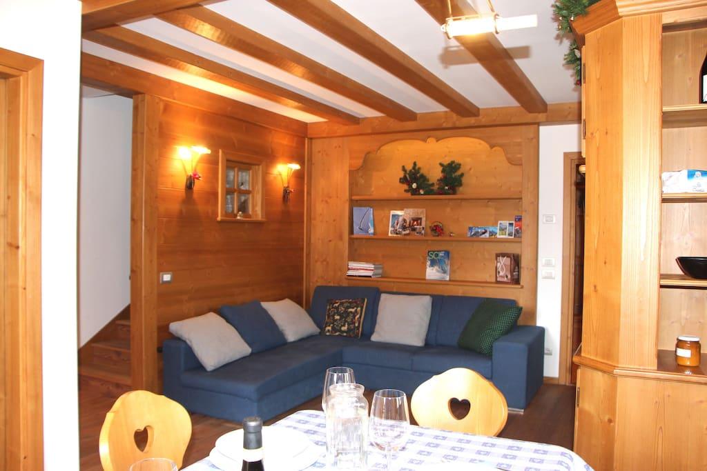 L'angolo salotto  The sitting-corner