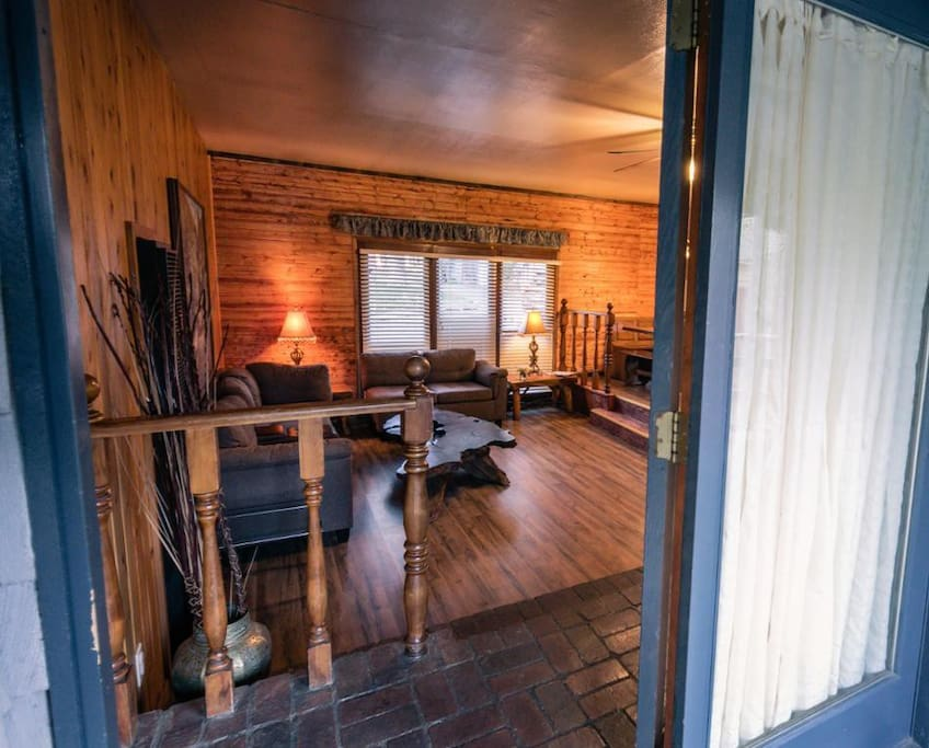 Stunning 2 person cabin close to the lake cottages for for Big bear 2 person cabin
