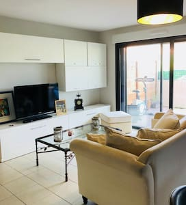 Flat 2 bedrooms - collective swimming pool