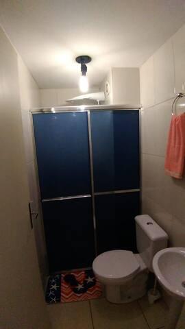 Kitnet - Local calmo e seguro, condomínio fechado.