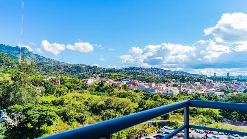 Best Views and Design Apartment in Ecovivienda