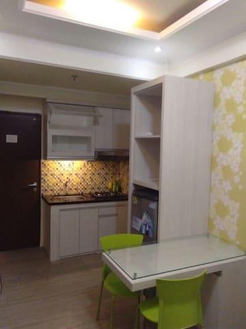 the suites metro apartemen D17-08 - Buahbatu - Pis