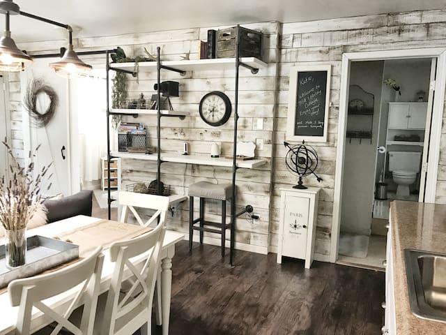 Farmhouse Style Cottage Retreat