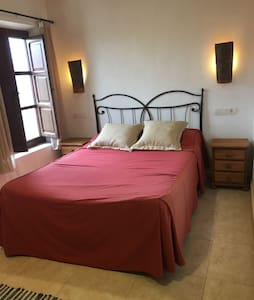 Casa Arrendador - Room 6 - Zarra - Bed & Breakfast
