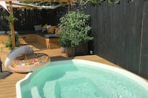 Heated pool all year round