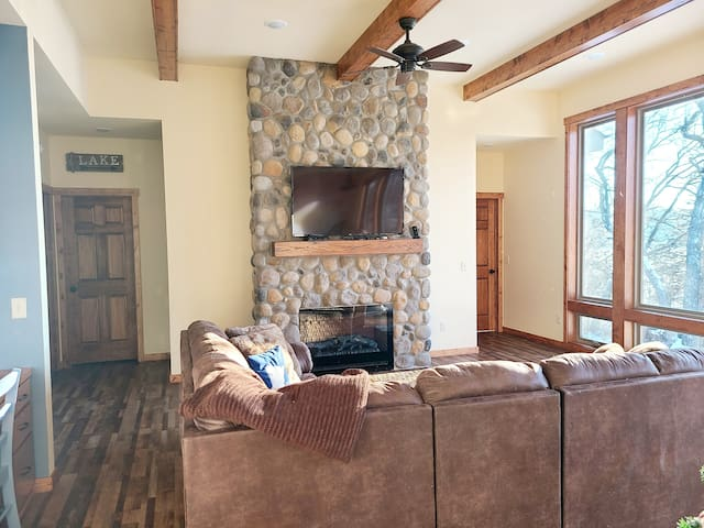 Summer Kamp -- Lake Home -- Create Family Memories
