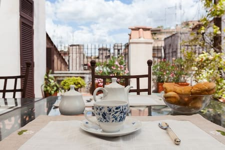 Piazza Navona 2BR Attic with terrace - Roma - Apartemen