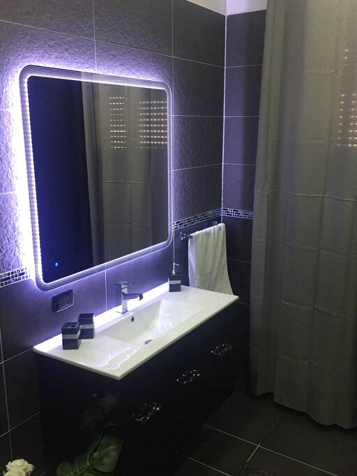 Mirror led touch,specchio con led touch