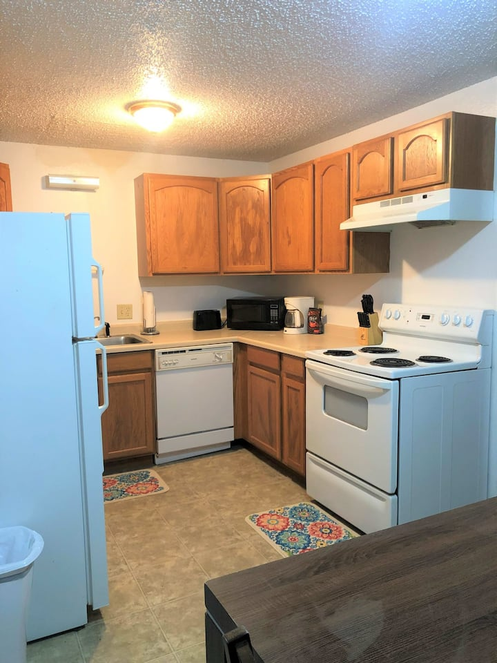 Hazen, ND Furnished and Serviced rental for short + long term stays