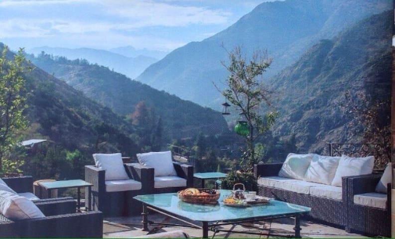 Lo Barnechea-Santiago Little Bali House montaña