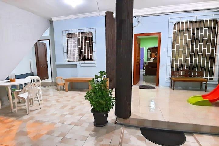 Casa espaciosa doble ambiente - CASA SAMANES INN