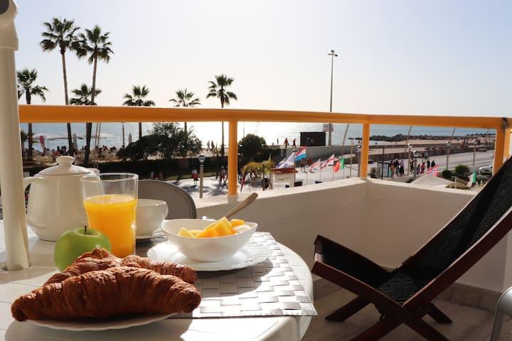 Apartamento Algarve/Quarteira em frente á  praia