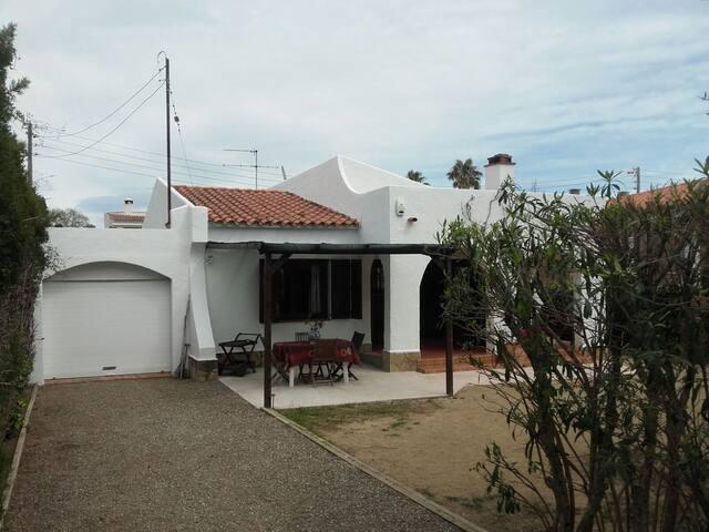 Villa typique calme Cambrils Salou - Cambrils - Rumah