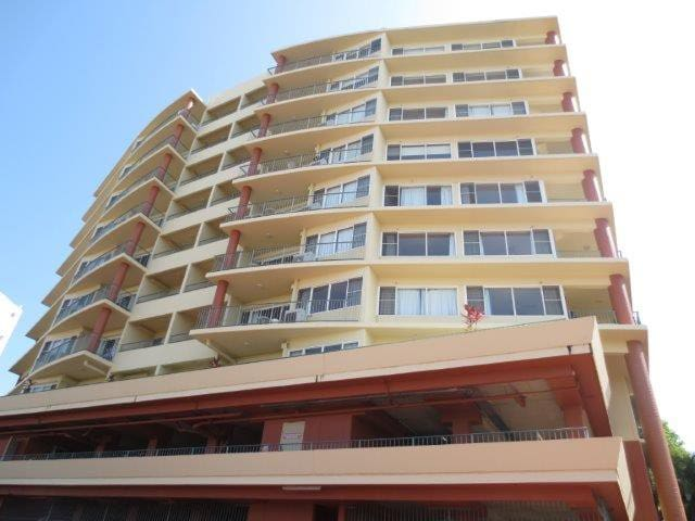 Cullen Bay Darwin 1 Bed Apartment
