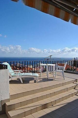 Lovely villa in best area of Funchal - Funchal - House
