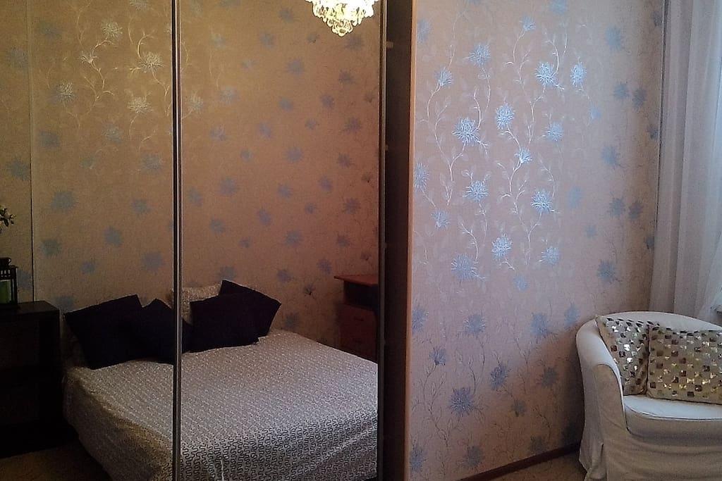 первая спальня/1 st bedroom
