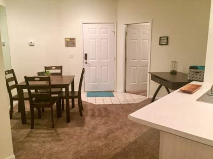 WALK IN 2BR 2Bath CONDO at Holiday Hills Resort