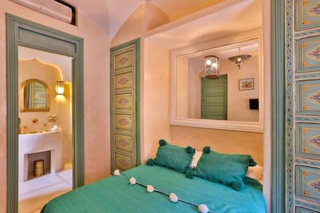 RIAD AUTHENTIQUE MARRAKECH - marrakech - Bed & Breakfast
