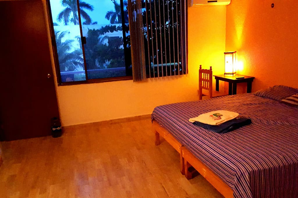 Cancun Hotel Zone, Poktapok