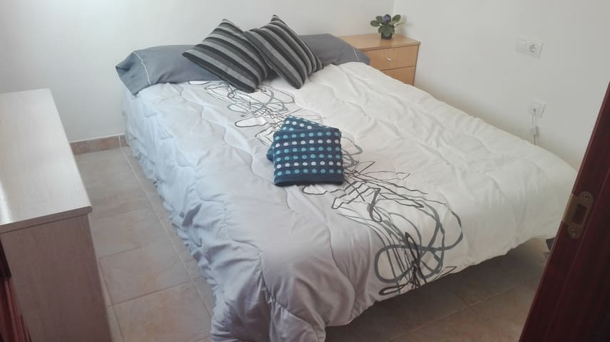 Doble Room in San Isidro, Tenerife (South) - San Isidro - Apartamento
